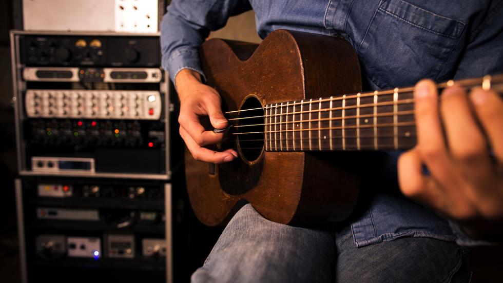 Strummed Acoustic 2