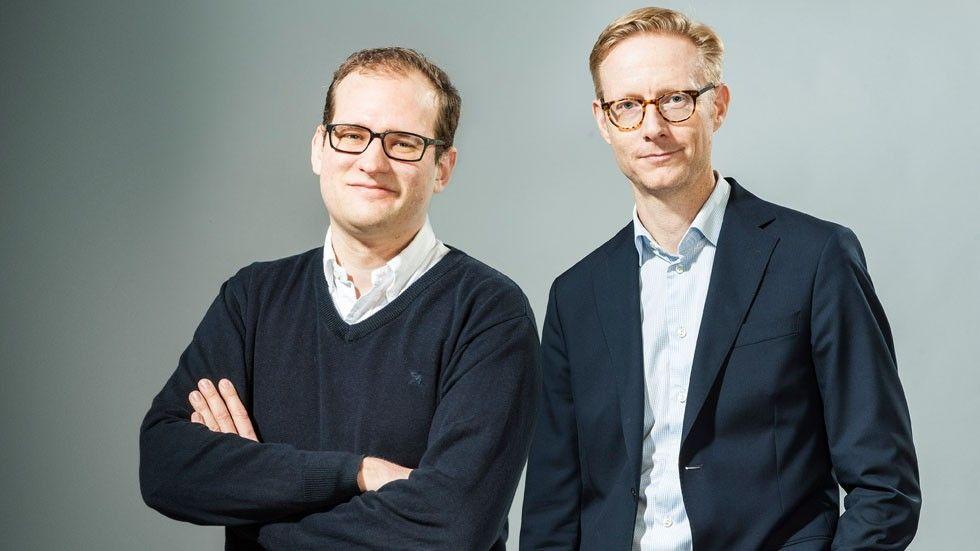 Patrik Lundholm och Johan Walldow, Moderna försäkringar.