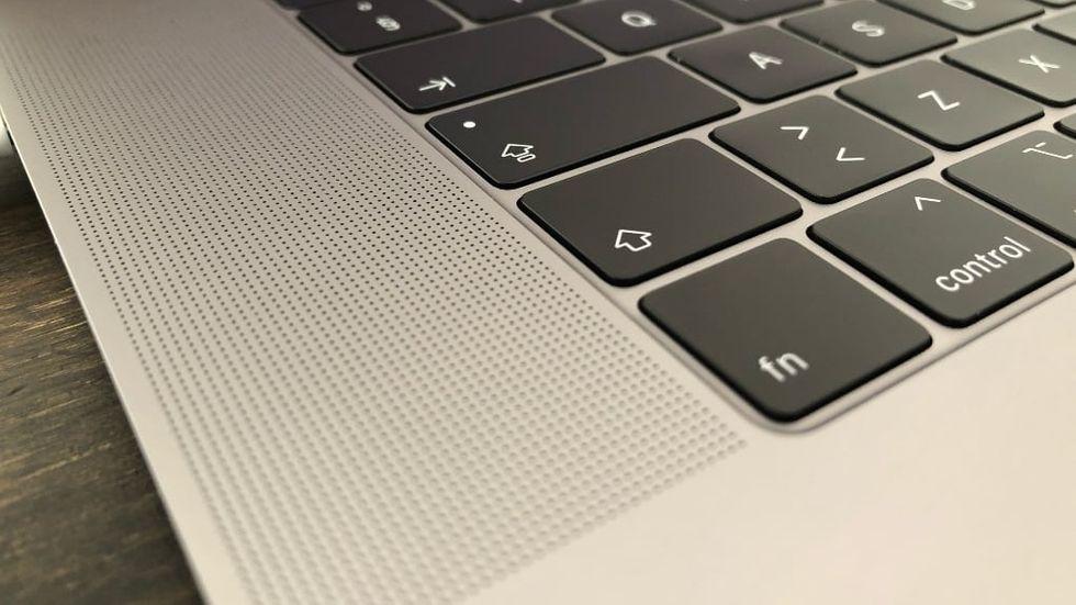 Högtalare Macbook Pro 2018