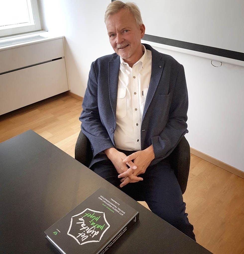 """Lars Wendestam och boken \""""Det digitala parapylet\"""""""