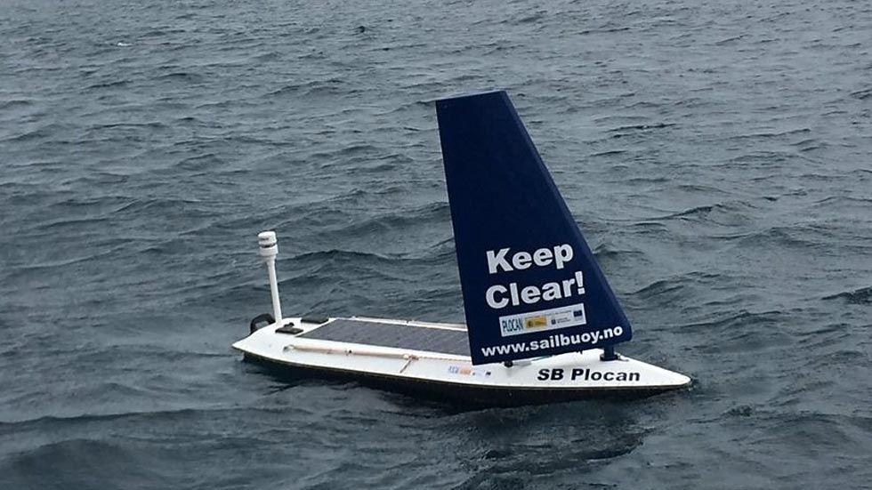 självstyrande båt