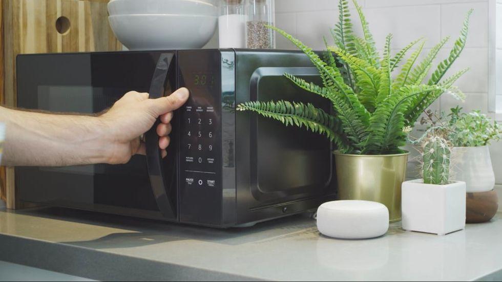 Mikrovågsugn med Alexa