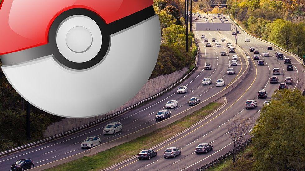 Pokeball och trafik