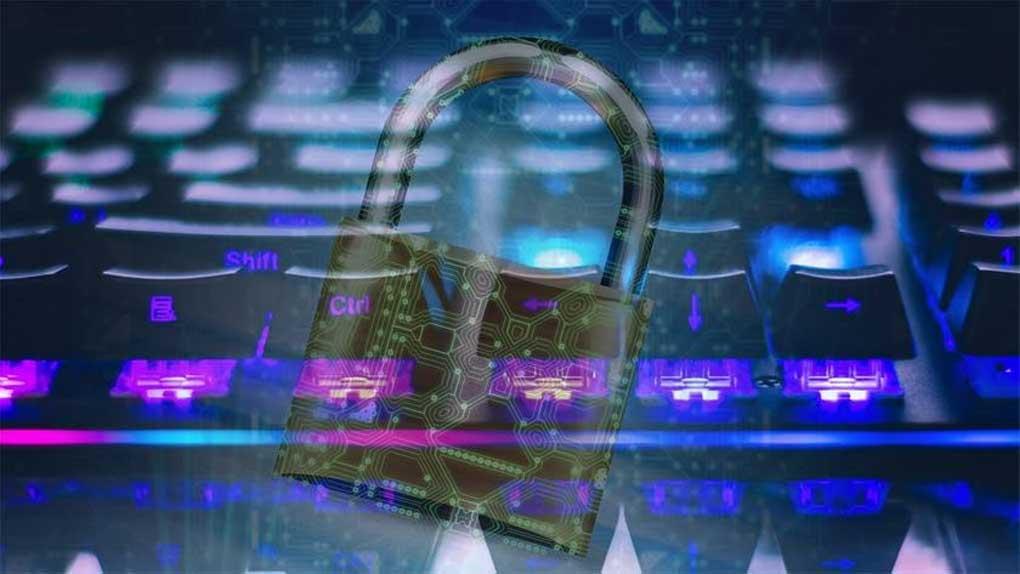 """Högtryck för cybersäkerhet – """"otroligt intensiva månader"""""""