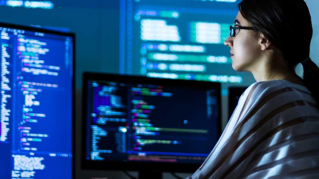 Ett av fem svenska företag utvecklar egen mjukvara – enormt sug efter kompetens