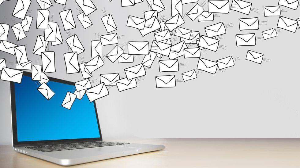 Radera mejl Gmail