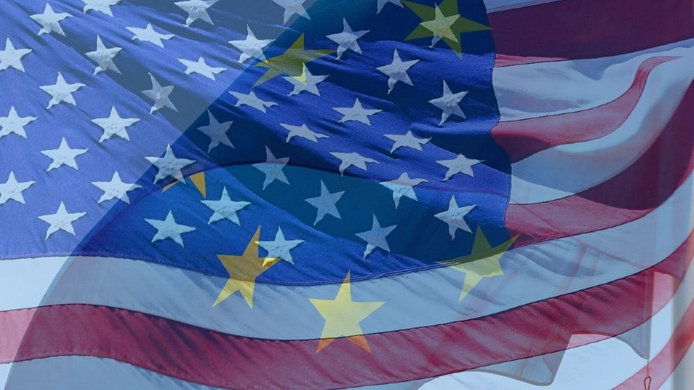 USA EU
