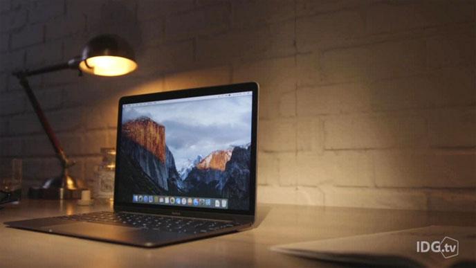 Den senaste versionen av Apples bärbara dator Macbook är liten och lätt men  ändå tillräckligt kraftfull för de flesta användare. IDG.tv har testkört  den. 610dbd5e9cd07